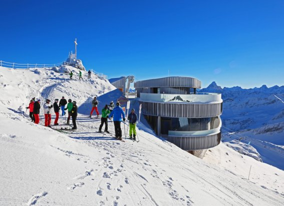 Wintertag am Nebelhorn Gipfel