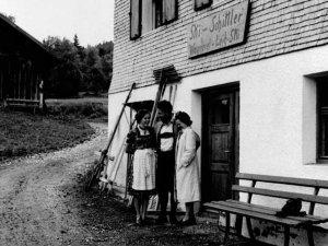 Otto Schittler mit seinen Schwestern Anni und Lina