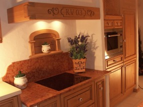 Küche mit Kochbereich