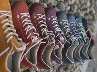 Schuhe seit 1803: im Schuhhaus Schratt Oberstdorf gibt's auch tolle Dolomite Outdoor-Schuhe! In vielen neuen Trendfarben.