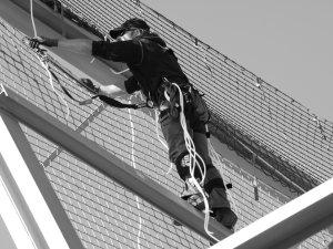 Zülz Sicherheitsnetze Montage Auffangnetze Personenauffangnetze Dachrandsicherung Randsicherung Seitenschutz Vogelschutz Sanieru