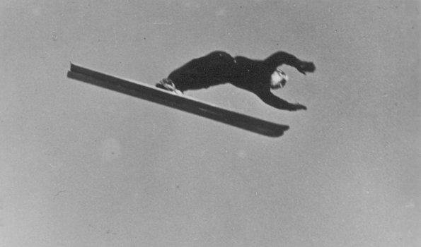 Sepp Weiler beim Skifliegen (Copyright: Foto Heimhuber)