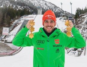 Johannes Rydzek mit seinen mittlerweile sechs Goldmedaillen