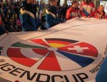 Die Fahne des Jugendcups
