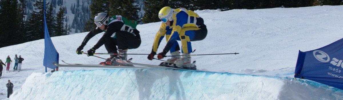 Zweikampf Ski an Ski