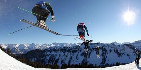 Jump Ski Cross