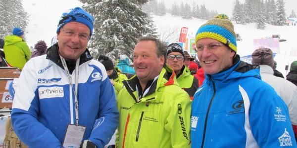 Staatsminister Thomas Kreuzer, die Bürgermeister von Ofterschwang und Bad Hindelang Alois Ried und Adalbert Martin