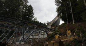 Stahlkonstruktion am Anlauf