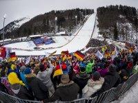 Tausende begeisterte Skisprungfans verfolgten den Skiflug-Weltcup