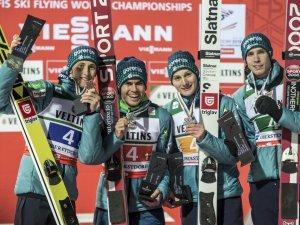 Skiflug WM Team - Silbermedaillengewinner Slowenien