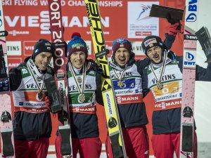 Skiflug WM Team - Bronzemedailliengewinner Polen