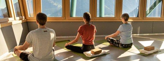 SFS Yoga 2020-4