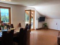 Wohnküche mit Bergblick vom Südbalkon