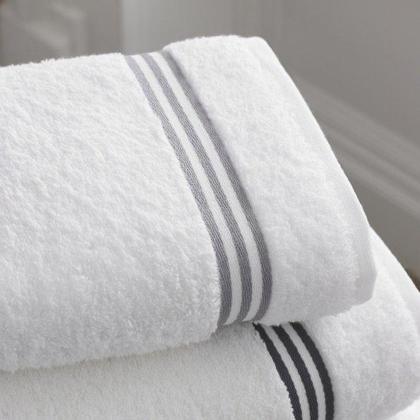 Bathroom-1281614 1920