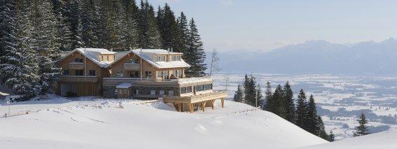 Sportheim Böck - Winterurlaub am Gipfel der Alpspitze