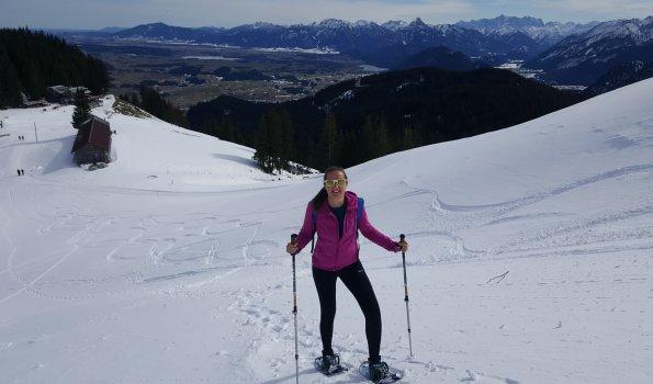 Schneeschuhwandern an der Alpspitze - im Winterurlaub