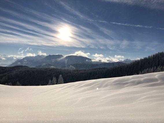Ausblick bei der Schneeschuhwanderung auf der Alpspitze