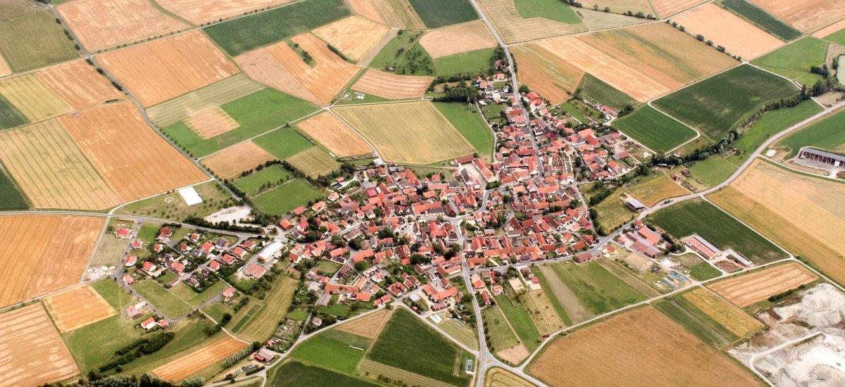 Luftaufnahme Nenzenheim