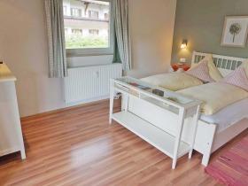 Schlafzimmer I F 10