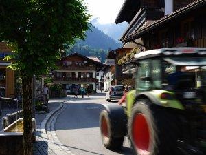 Traktor in der Oststraße