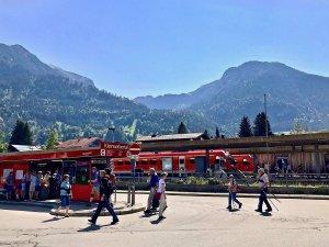 Busbahnhof und Bahnhof