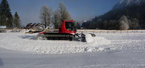 Stadionpräparierung für die Tour de Ski