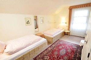 Wohnung 1 - Schlafzimmer 2