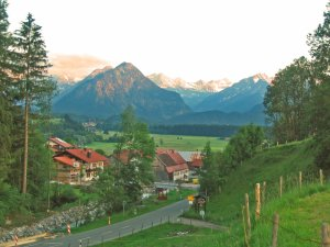 Rubi mit Blick in die Oberstdorfer Berge