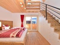 1. Schlafzimmer Silberdistel