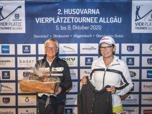 Damen-Sieger v.l.: Ingeborg Deters (3.) und Anke Lohmann (1.), es fehlt: Manuela John (2.)