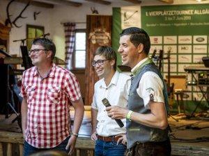 Moderator Stephan Schöttl (re.) mit den beiden Organisatoren Martin Eulgem (li.) und Michael Fischer
