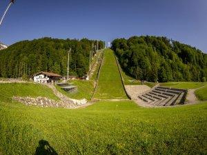 Die Heini-Klopfer-Skiflugschanze im Oberstdorfer Stillachtal