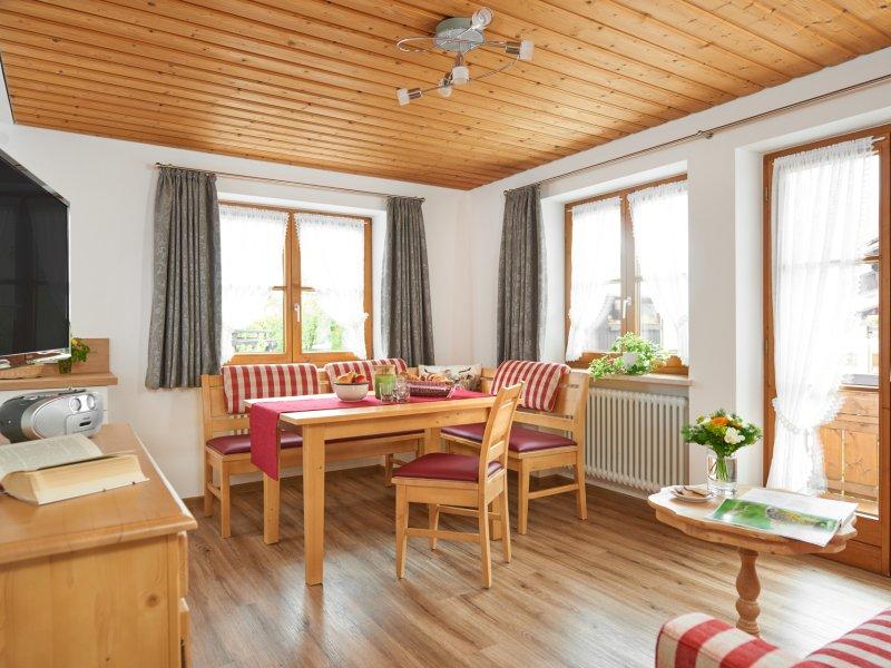Söllereck Wohnzimmer mit Essecke