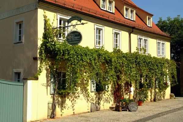 Weingut & Gästehaus Weigand