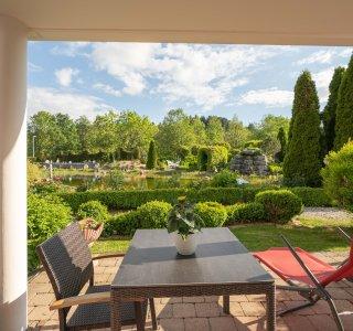 Terrasse Wohnung Granat im Wellnesshof Blenk - 5 Sterne Ferienwohnungen in Wertach im Allgäu
