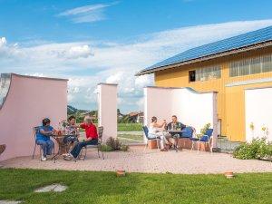 Gemütliche Sitzecke im Wellnesshof Blenk - 5 Sterne Ferienwohnungen in Wertach im Allgäu