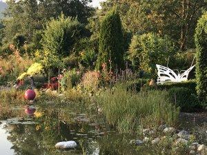 Teich im Wellnesshof Blenk - 5 Sterne Ferienwohnungen in Wertach im Allgäu