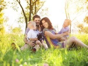 Junge Familie - Wellnesshof Blenk - 5 Sterne Ferienwohnungen in Wertach im Allgäu