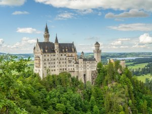 Schloss Neuschwanstein - Wellnesshof Blenk - 5 Sterne Ferienwohnungen in Wertach im Allgäu