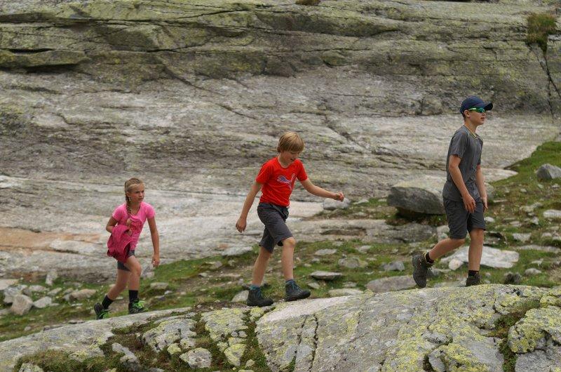 Kinder Meran Gardasee