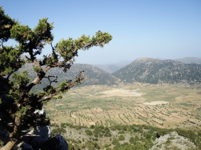 Blick auf das Omalos-Plateau etwas höher
