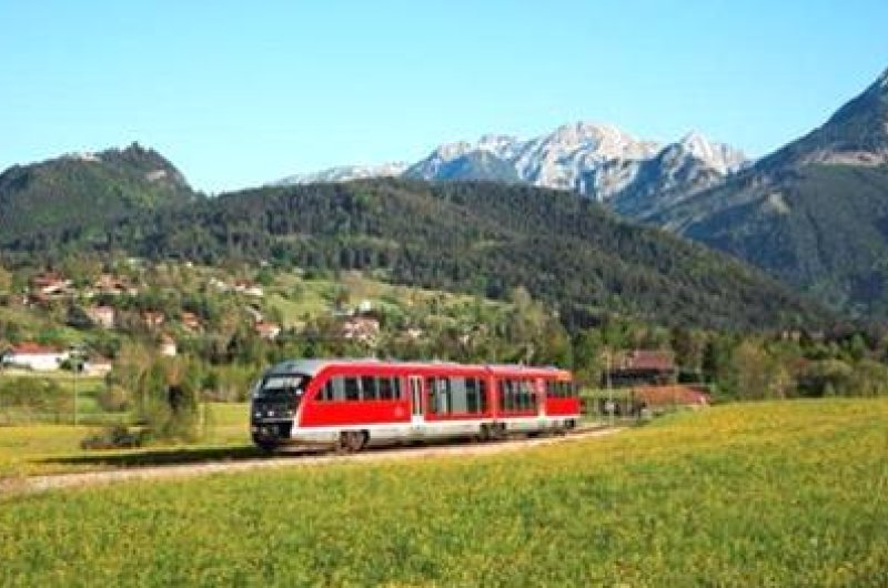 Zug in den Allgäuer Alpen
