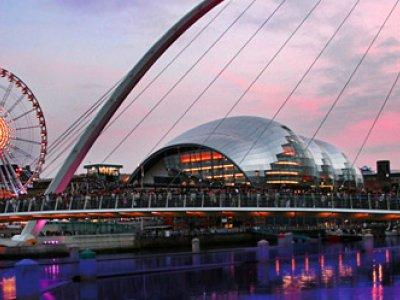 Newcastle mit Konzerthalle