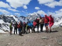 Gruppenfoto Madrischjoch mit Ortler und Königsspitze