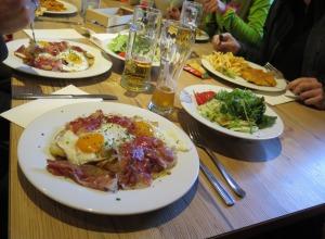 Abendessen in der Nassereithütte