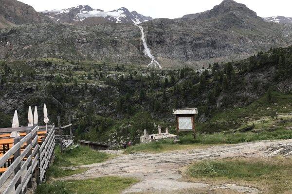 Blick auf den Wasserfall von der Zfallhütte aus