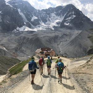 Madritschjoch mit Blick auf Schaubachhütte