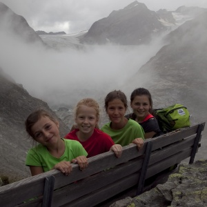 Pause vor spektakulärem Panorama - E5 mit Kindern