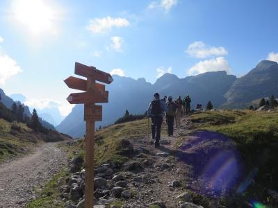 Wegweiser Dolomiten