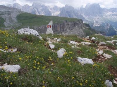 Wegmarkierung in den Dolomiten